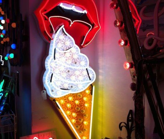 dondurma-neon-tabela