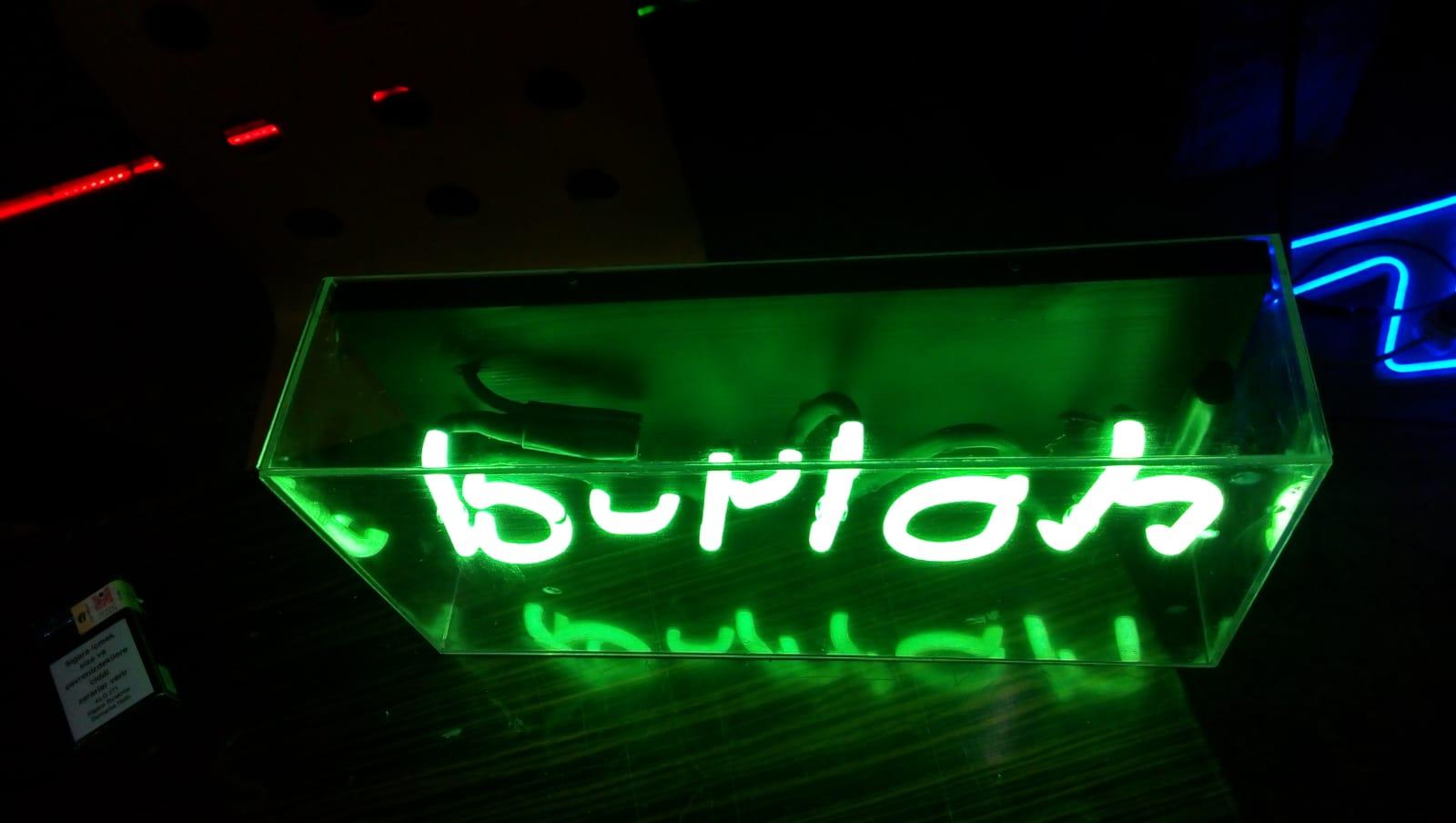 B-rich - Neon-tabela (1)